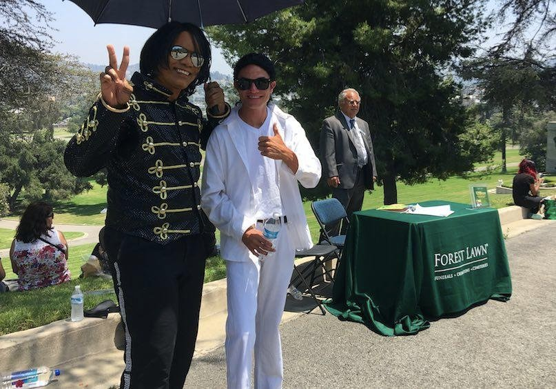 Spend Eternity With Michael Jackson: Forest Lawn Offers Fans First Chance To Be Buried Near King Of Pop's Crypt