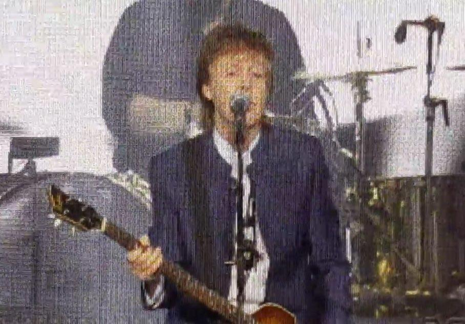 Paul McCartney Sings Beatles Classic 'Hard Day's Night' For First Time In Decades