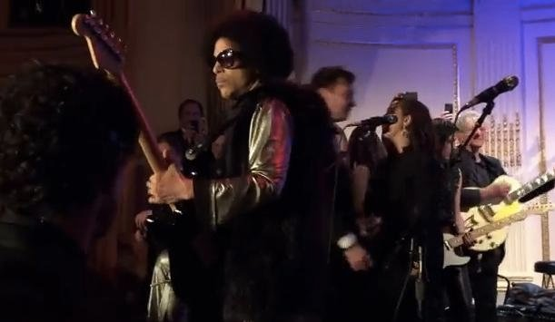 Prince 'Goes Crazy' At SNL Afterparty: Jams With Bill Murray, Jim Carrey, Maya Rudolph  & More In Rare Video