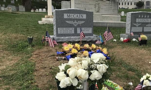 mccain-headstone-U.S.-Naval-Institute-twitter.jpg