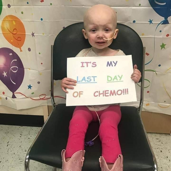 it-s-great-to-see-so-many-others-taking-chemo-for-her-last-time-now-that-she-s-able-to-live-a-healthy-life-again-it-s-a.png