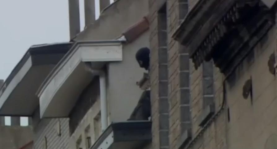Live Video: Police Raids In Molenbeek, Belgium